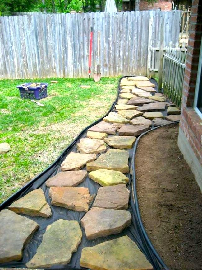How To Diy Your Flagstone Walkway This Weekend Backyard Walkway Backyard Garden Backyard Landscaping