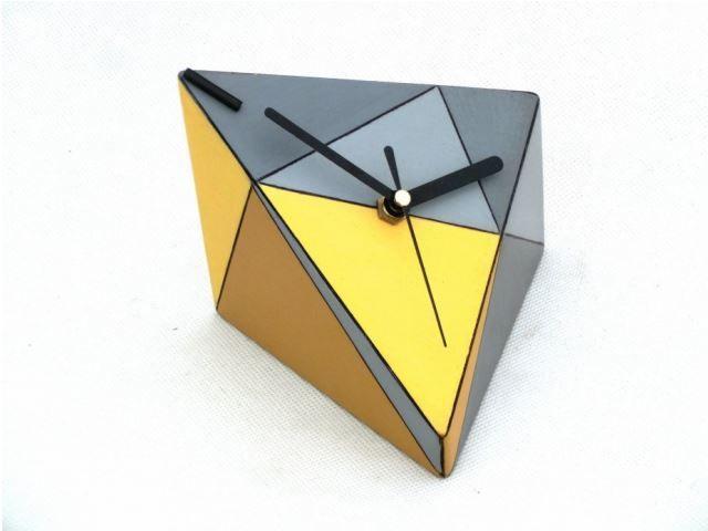 zegarek-trojkat.jpg (640×480)