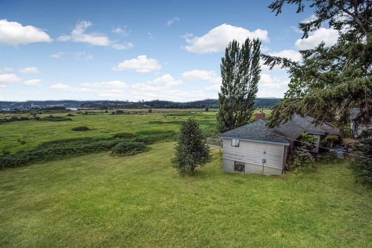 This diamond in the rough has a million dollar view. This fixer located on beautiful Whidbey Island has unobstructed views of Useless Bay and Double Bluff including the Olympic Mountains and the Strait of Juan de Fuca.