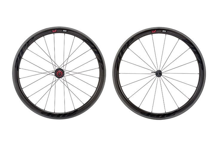 Zipp 303 clincher wheelset