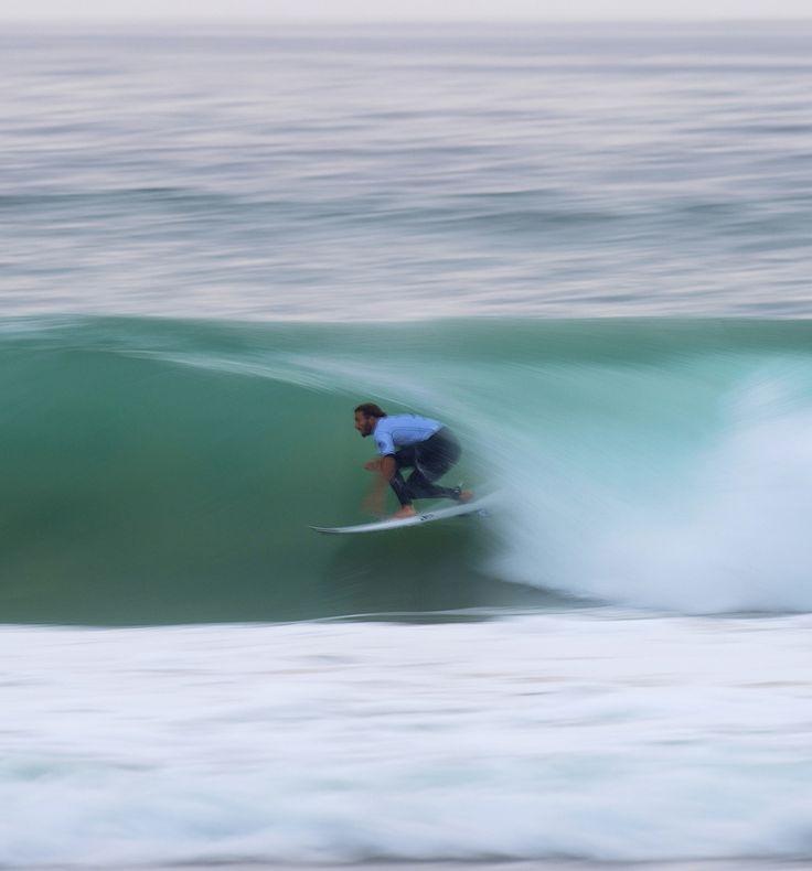 Portuguese local, Frederico Morais, causing huge upsets at the 2015 #MocheRipCurlPro