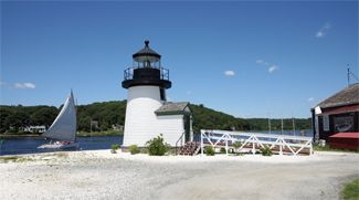 Mystic Seaport Lighthouse, Connecticut at Lighthousefriends.com