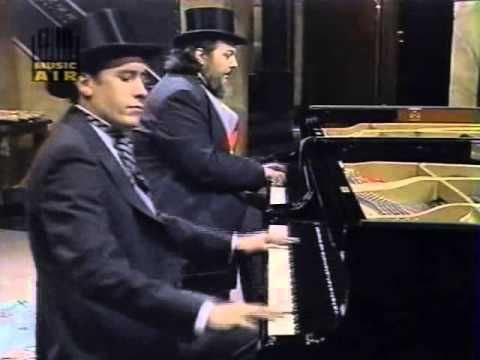 """Night Music: Jools Holland & Doctor John as the """"Boogie Woogie Twins"""" - YouTube"""