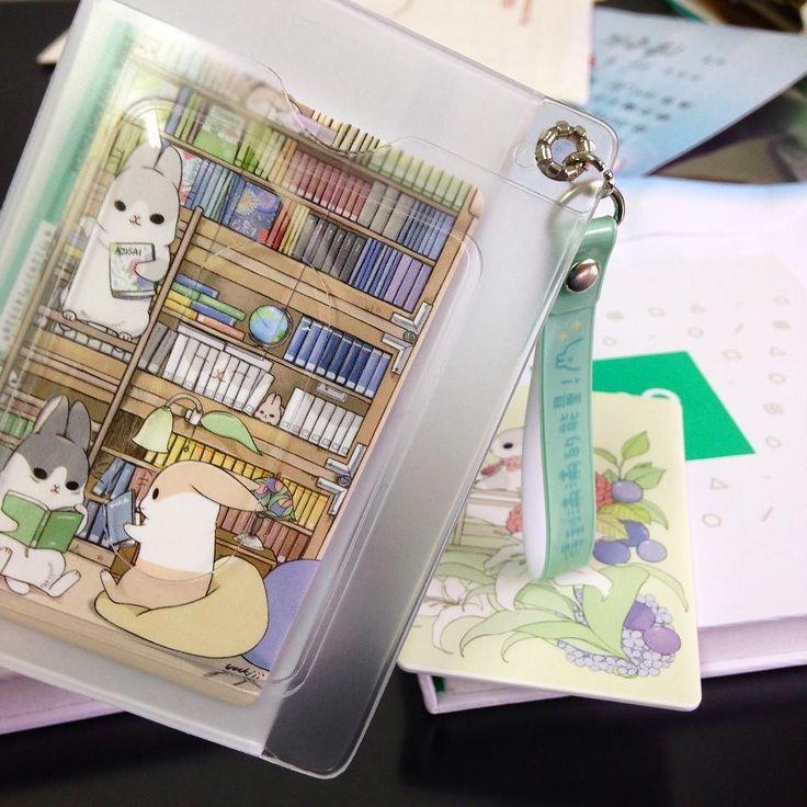 裝卡片的示意圖 裡面的內容物可以自行想像一下 但還未上市 不要問我 #ㄇㄚˊ幾#パスケース by machiko324