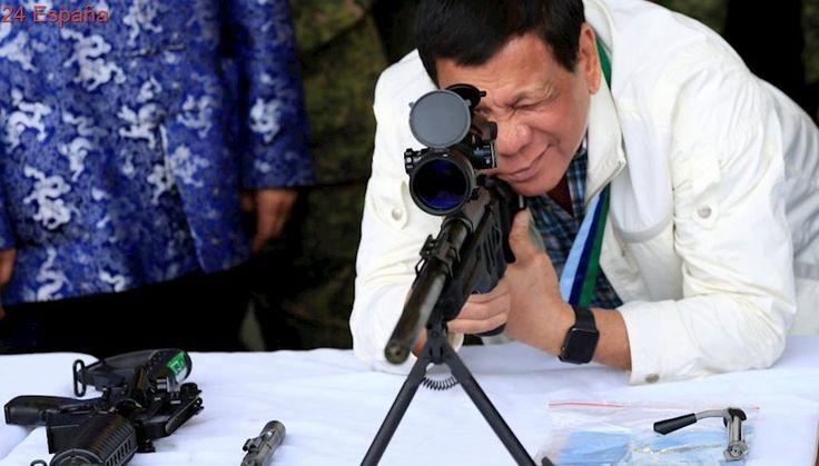 """Rodrigo Duterte ordena a la policía matar a todos los """"idiotas"""" que se resistan a ser arrestados"""