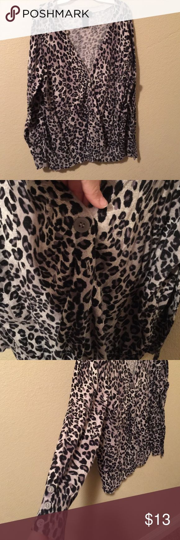 Grey cheetah cardigan size 18/20 Grey cheetah cardigan size 18/20 grey button accents Lane Bryant Sweaters Cardigans