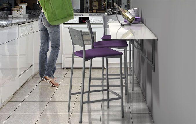 ¡Existen grandes soluciones para las cocinas pequeñas! En este post te mostramos como sacarle el máximo partido a tu cocina con la mesa adecuada. Tenemos modelos abatibles, plegables o extensibles, e ingeniosos complementos o accesorios que multiplicarán tu sensación de amplitud.