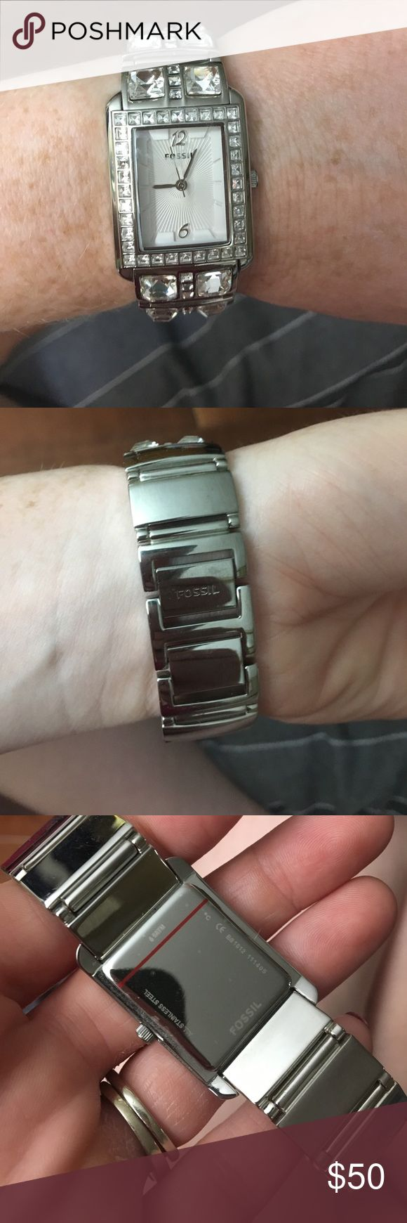 Beautiful women's FOSSIL watch! Gorgeous Women's FOSSIL watch. Stainless steel with jewel embezzlement. Just needs a new battery! Make me an offer. Fossil Accessories Watches