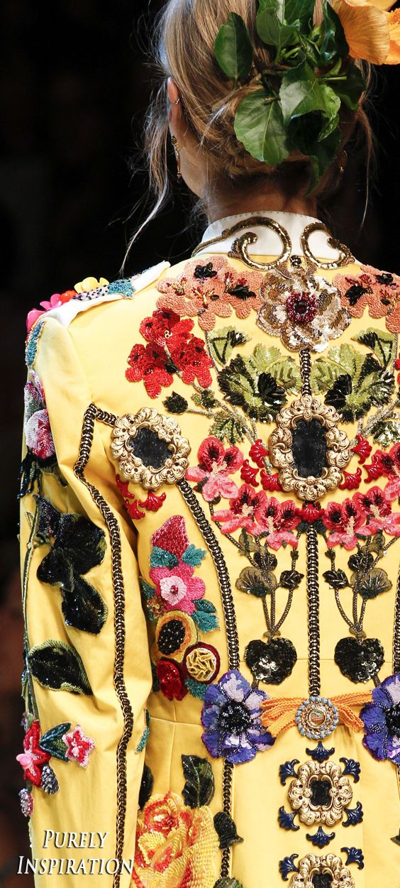 Dolce & Gabbana SS2017 Women's Fashion RTW | Purely Inspiration