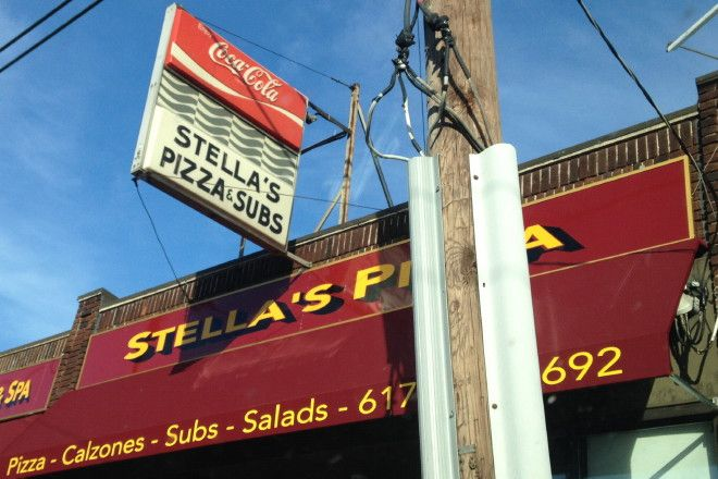 Latest restaurant review: Stella's Pizza, Watertown, MA.  http://hiddenboston.com/StellasWatertownPhoto.html