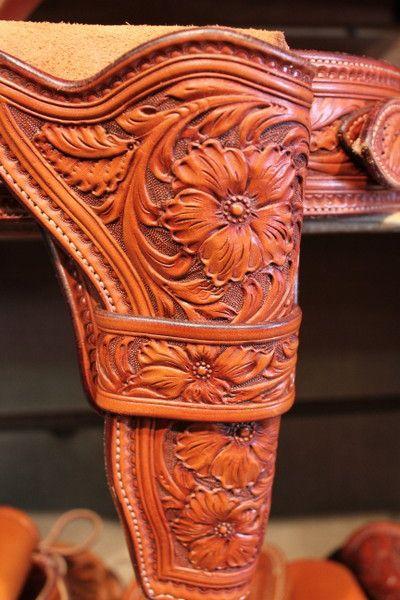 Floral tooled gunbelt & holster from the Custom Cowboy Shop