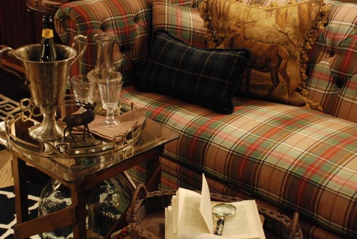 1000 Ideas About Plaid Sofa On Pinterest Plaid Couch Country Living Rooms And Sofa Slipcovers