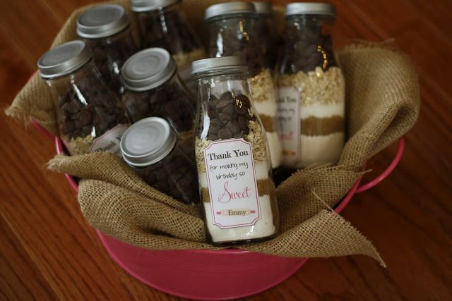 Using Starbucks frappuccino bottles to hold cookie mix...looks like a good gift to me!