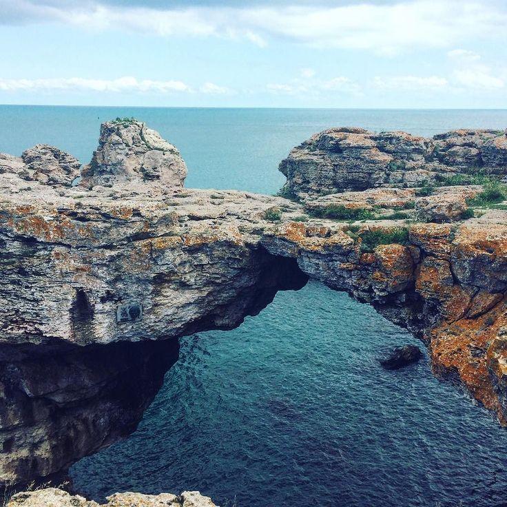 Bridge.  #seaview #liveauthentic #thatsdarling #darlingmovement #flashesofdelight #livethelittlethings #nothingisordinary #thehappynow #welltravelled #visualsoflife #visualsgang #awesomeday #travelpic #travelawesome #photosinbetween