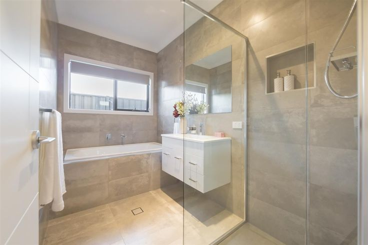 main bathroom tiles Fernbank 238, Display Homes in ACT | G.J. Gardner Homes