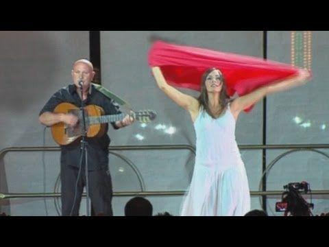 "#Taranta #Pizzica - Il ballo della Pizzica: Tamburellisti di Torrepaduli feat. ""Sera di Pizzica Pizzica"" on TARANTAchannel"