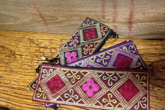 Beautiful hand-stitched eye glass holder or coin case.  Hand-made by our artisans in Uzbekistan - Adras Design.