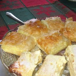 Cream Cheese and Cottage Cheese Make a Great Strudel Filling: Sweet and Salty Cheese Strudel