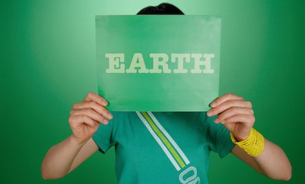 Check out these 7 different ways you can celebrate Earth Day. Small things that make a big difference!