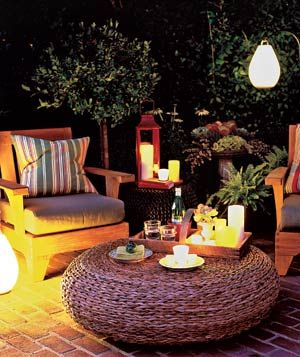 4 Creative Outdoor Lighting Ideas|Keep your party out of the dark with one of these illuminating lighting options.