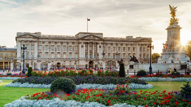 Our top 10 picks for things to see on the Buckingham Palace tour. Book tickets for this summer and don't miss these gems on your visit