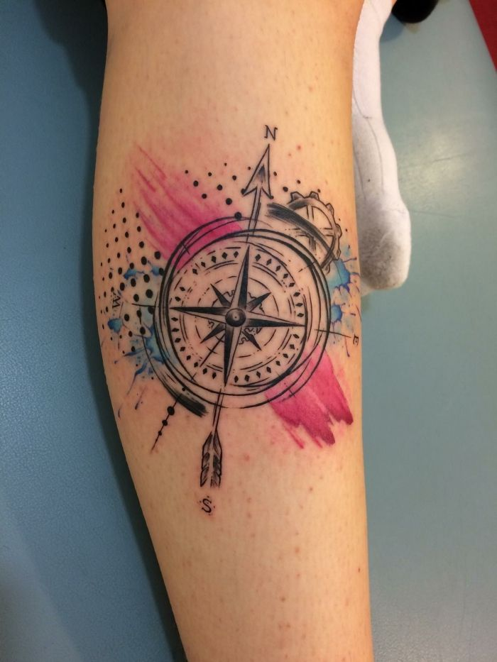▷ 1001+ ideas for a compass tattoo + info about their symbolic meanings