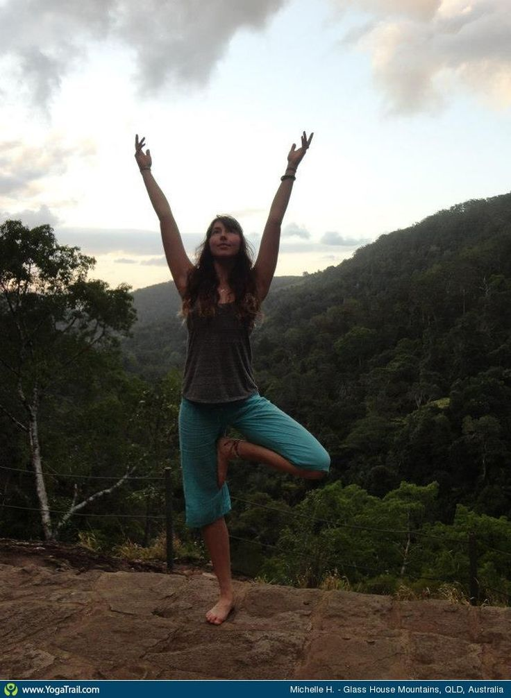 """#Yoga Poses Around the World: """"In the beautiful Queensland Glass House mountains - feeling the energy, loving spending time with my niece & sister (who took this photo). Can feel the heart & love looking back now :)"""""""