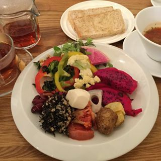 aquanorin's Media: #salad #buffet #vegitables #lunch #vegan #longinghouse #harajuku #jingumae #omotesando #tokyo #japa