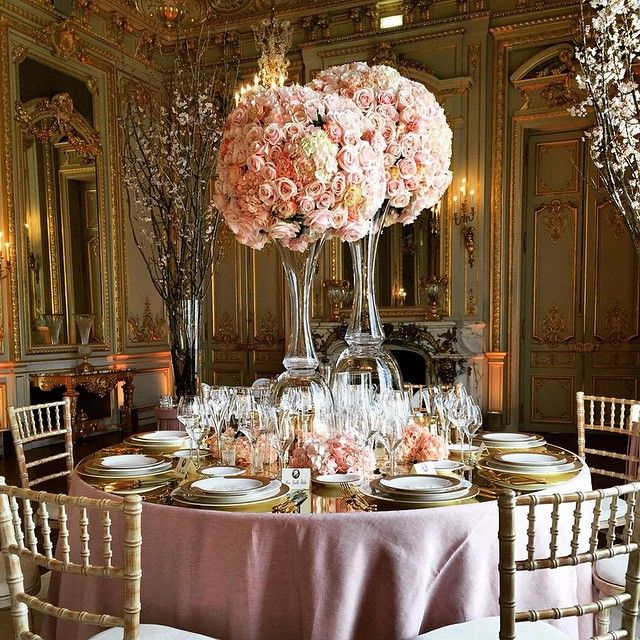 Because in Paris, an elegant wedding requires not just one, but two elaborate floral bouquets per table. - #RomanticWedding at Shangri-La Hotel, #Paris