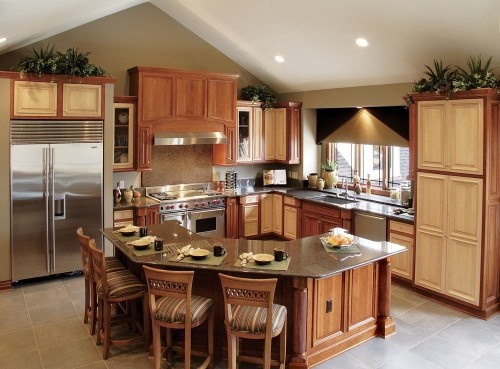 Like The Layout Of The Kitchen But With Different Colors