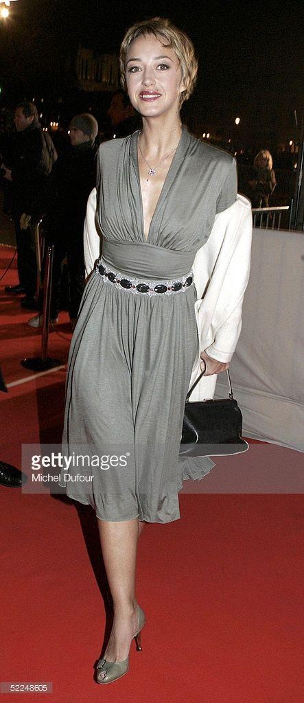 Photo d'actualité : Actress Helene de Fougerolles arrives at the...