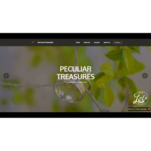 Slideshow and its code. It's not as easy at it looks guys! Website created for @peculiartreasures.ja  #css #html #php #javascript #jquery #webdesign #ui #ux #brackets #letsdesign876