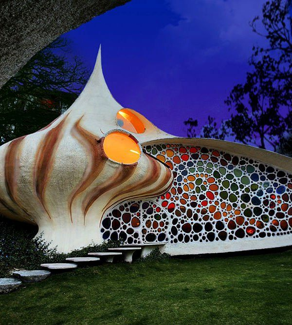 Huizen in de vorm van een schelp, blad of paddestoel Roomed | roomed.nl