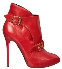 I wish they had more of a stacked heel, rather than a stiletto. But LOVE them anyway. They are McQueen.