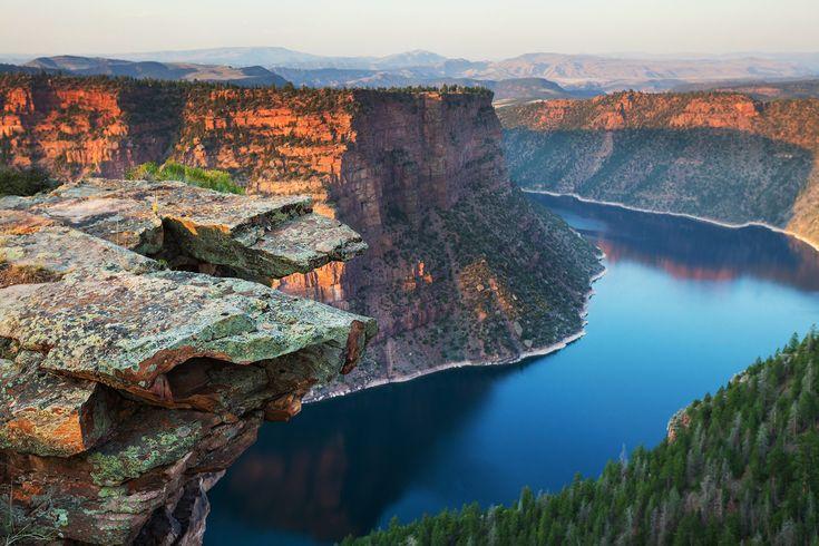Flaming Gorge reservoir, Cheyenne, Wyoming and Flaming Gorge, Utah