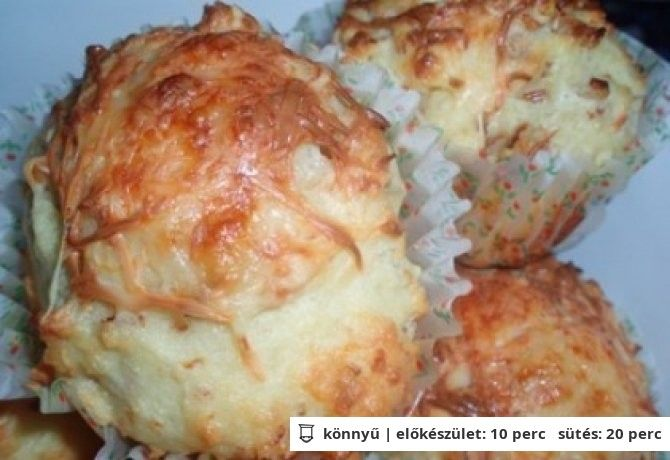 Sült hagymás-sajtos muffin