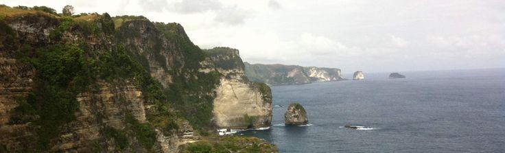 Travel tips to Nusa Penida Island, off the coast of Bali.  From Travelfish #FNPF