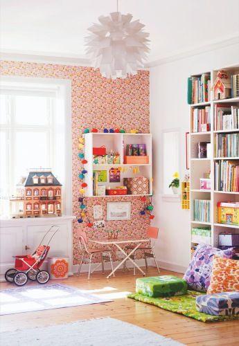 Bedroom in Denmark. Great wallpaper. And, as ever, I love the Scandinavian way with riots of colour. http://www.kidsdinge.com https://www.facebook.com/pages/kidsdingecom-Origineel-speelgoed-hebbedingen-voor-hippe-kids/160122710686387?sk=wall http://instagram.com/kidsdinge