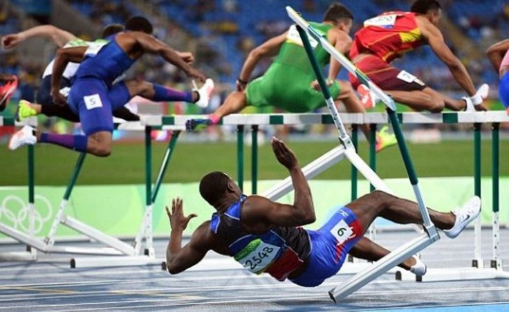 Spectacular fall for Haiti's Jeffery Julmis in the semis of 110m #hurdles, leading to disqualification in #rio2016 in phlow