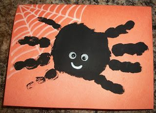 Hand Print Spider Halloween Card | Happenings of the Harper Household