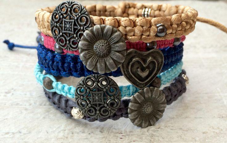 Button's Bracelet's