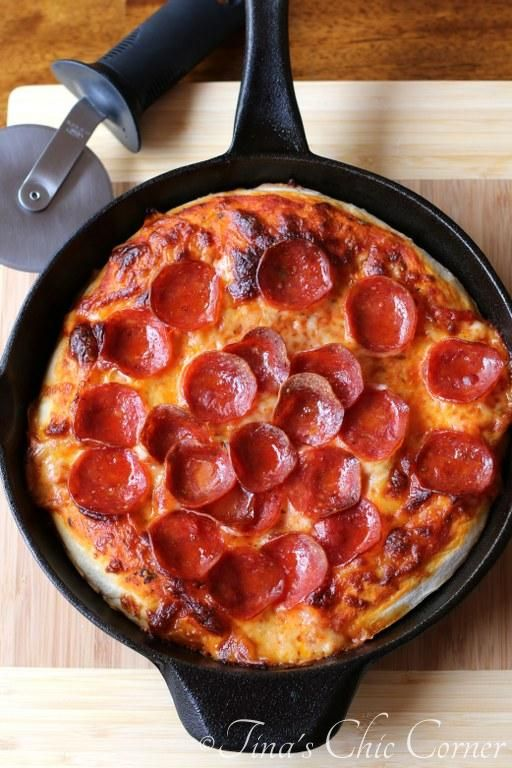 Skillet Pizza (just like deep dish pizza but without all the grease).