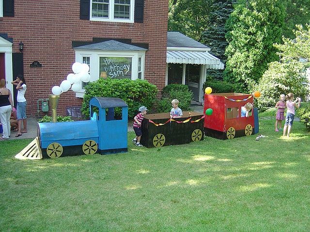how to make a cardboard train engine