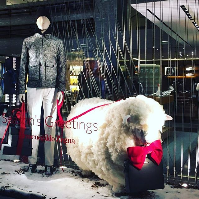 WEBSTA @ mister_dea - #zegna #ermenegildozegna #viamontenapoleone #visualmerchandiser #visualmerchandising #visual #window #windows #windowdisplay #design #fashion #windowshop #vetrine #vetrina #storewindow #shopwindow #vitrinismo #moda #display #shopping #windowdisplaydesign #creative #style #stylish #winter #xmas #sheep #inverno #natale #pecore