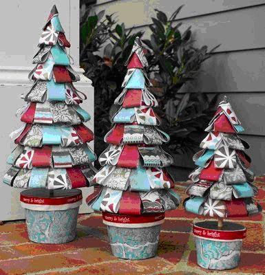 Manualidades para Navidad: Arbol navideño con papel de regalo
