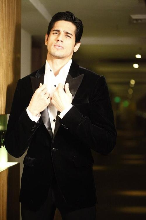 Siddharth Malhotra - why do we get the feeling Lady Lolita might partake?