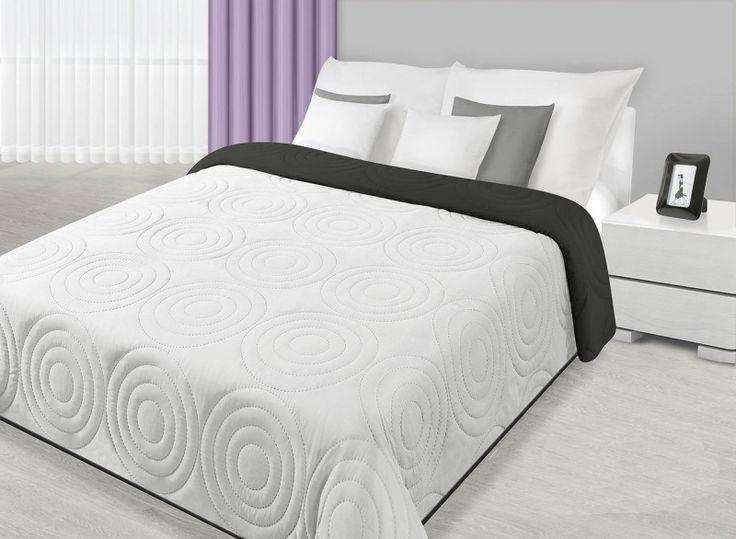 Přehoz na postel s kruhovým prošíváním bílo černé barvy
