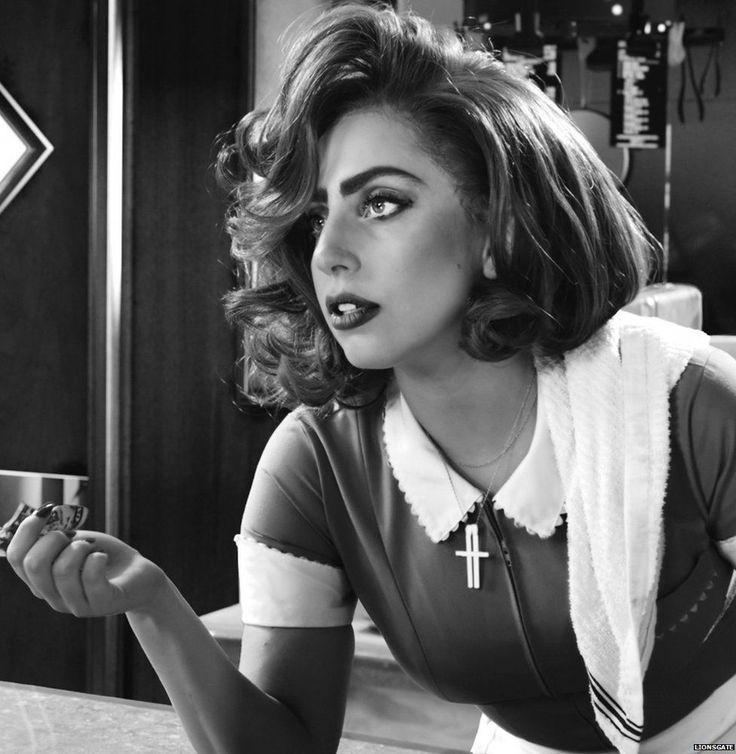Lady Gaga - She's so fucking stunning OMG                                                                                                                                                      Más