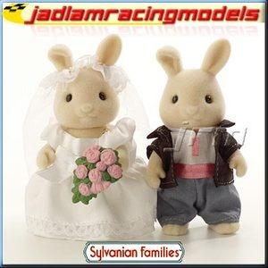 £11.80 Wedding Bride and Groom - SYLVANIAN Families Figures 4582 | eBay