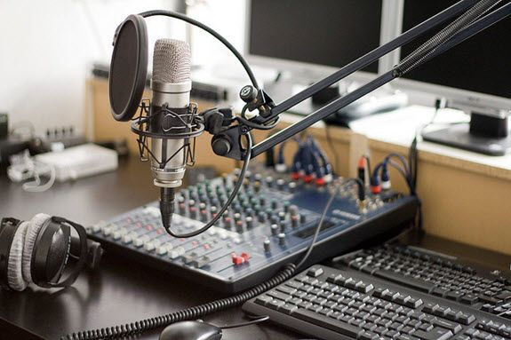 how to set up a podcast in apple